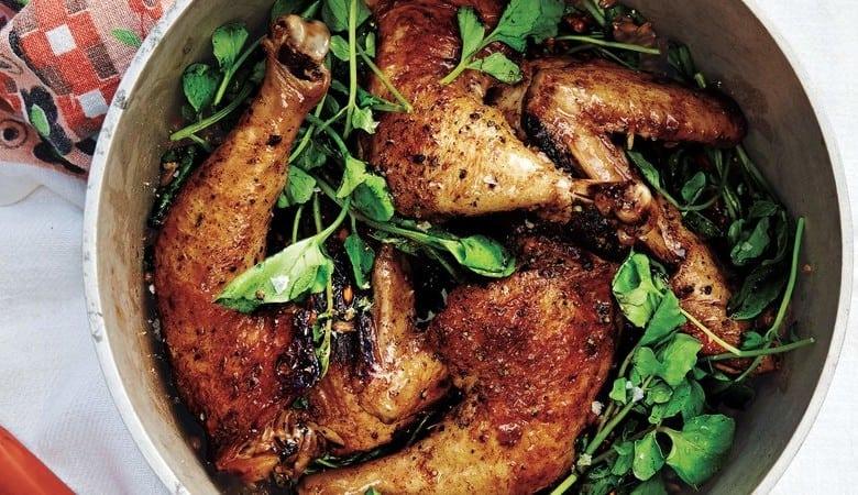 صورة دجاج بالخل مع قمح الفارو و الجرجير