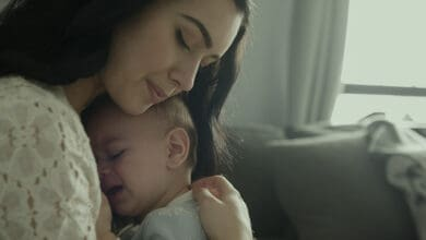 علامات التوحد عند الرضع والاطفال